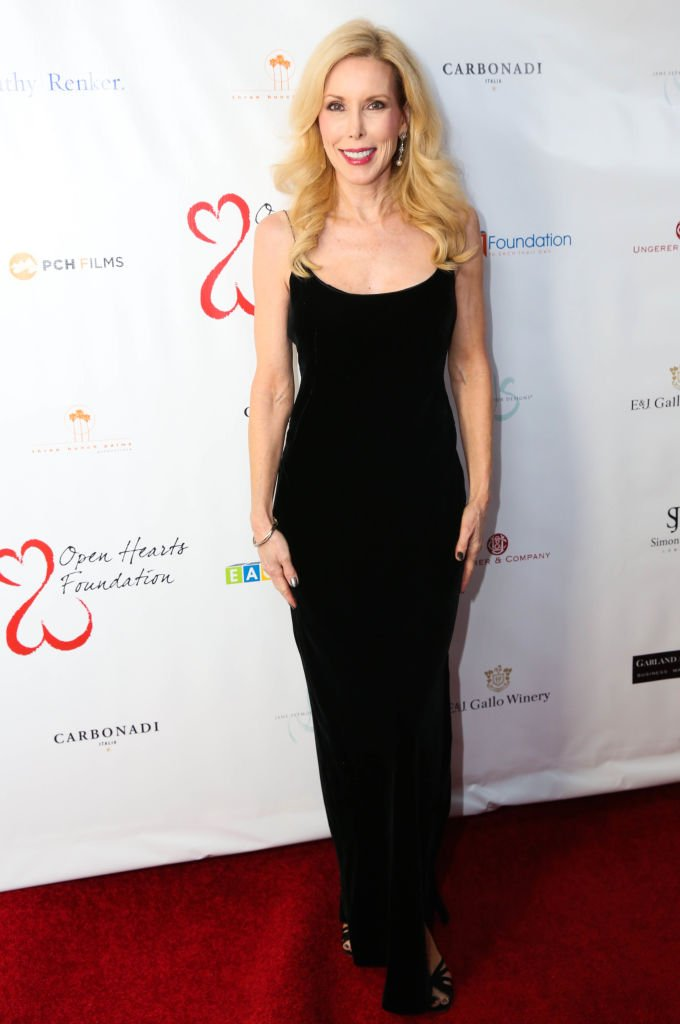Kim Campbell attends the 2017 Open Hearts Gala at SLS Hotel on October 21, 2017 | Photo: Getty Images