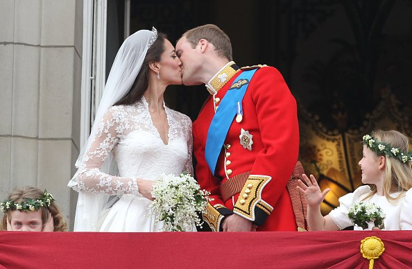 Kate Middleton and Prince William at Westminster Abbey on April 29, 2011 in London, England. | Photo: Getty Images