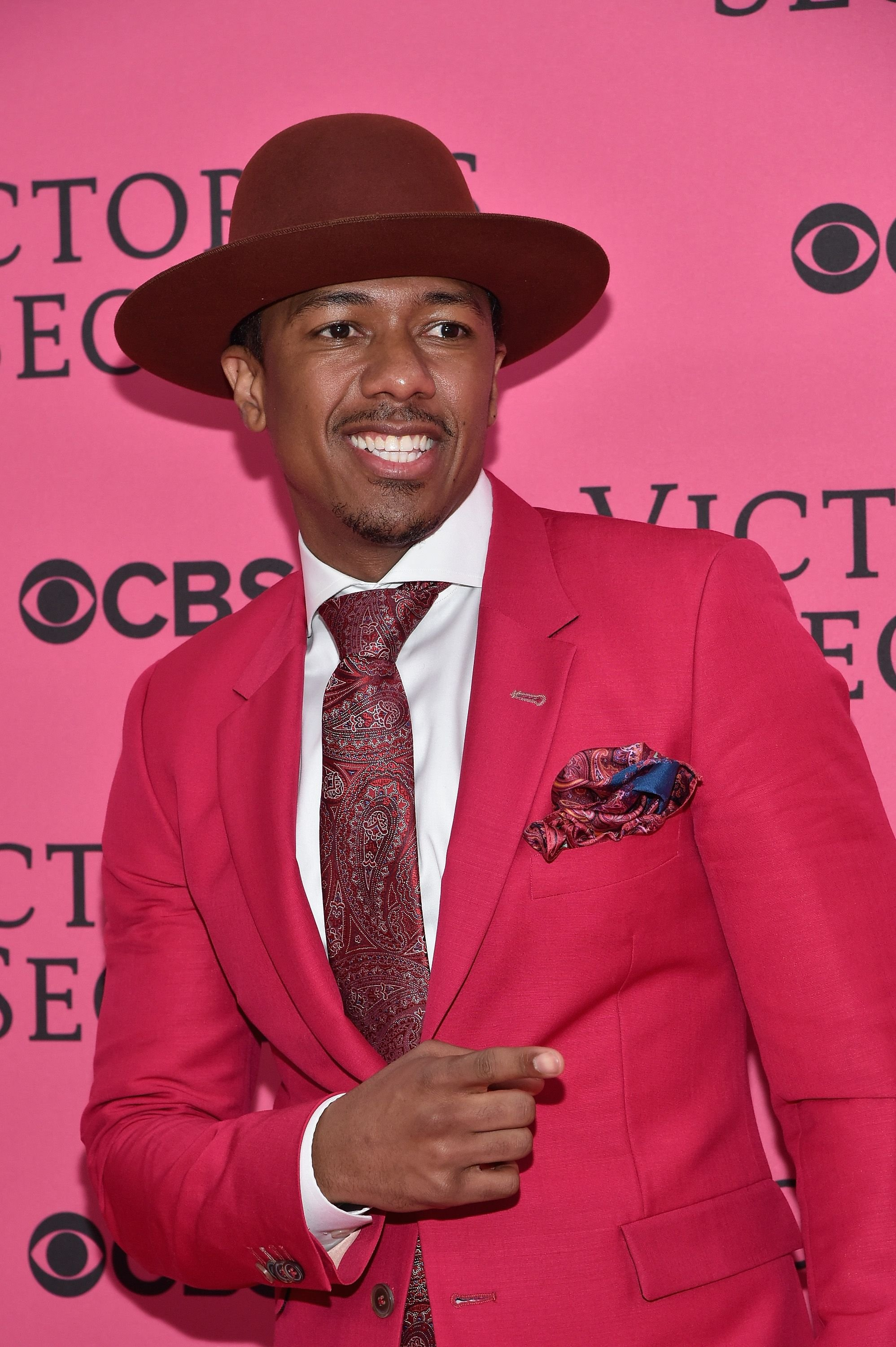 Nick Cannon at Victoria's Secret Fashion Show at Lexington Avenue Armory on November 10, 2015, in New York City | Photo: Mike Coppola/Getty Images