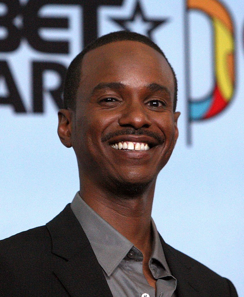 Tevin Campbell poses in the press room during the 2009 BET Awards. | Photo: GettyImages