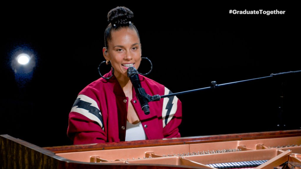 Alicia Keys performs during Graduate Together: America Honors the High School Class of 2020 in May 2020 | Photo: Getty Images