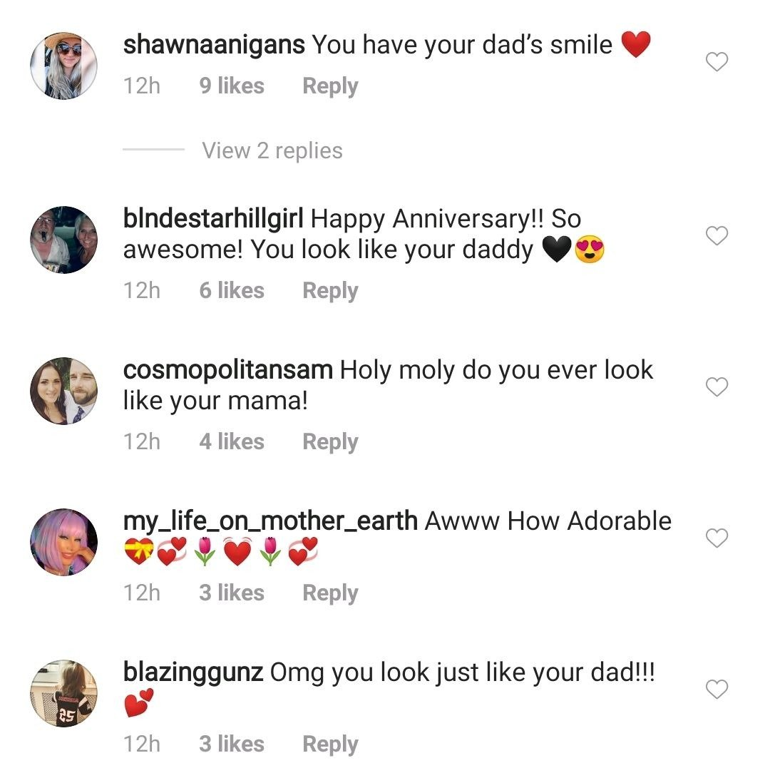 A screenshot of fans' comment on Miranda Lambert's post. | Photo: Instagram/mirandalambert