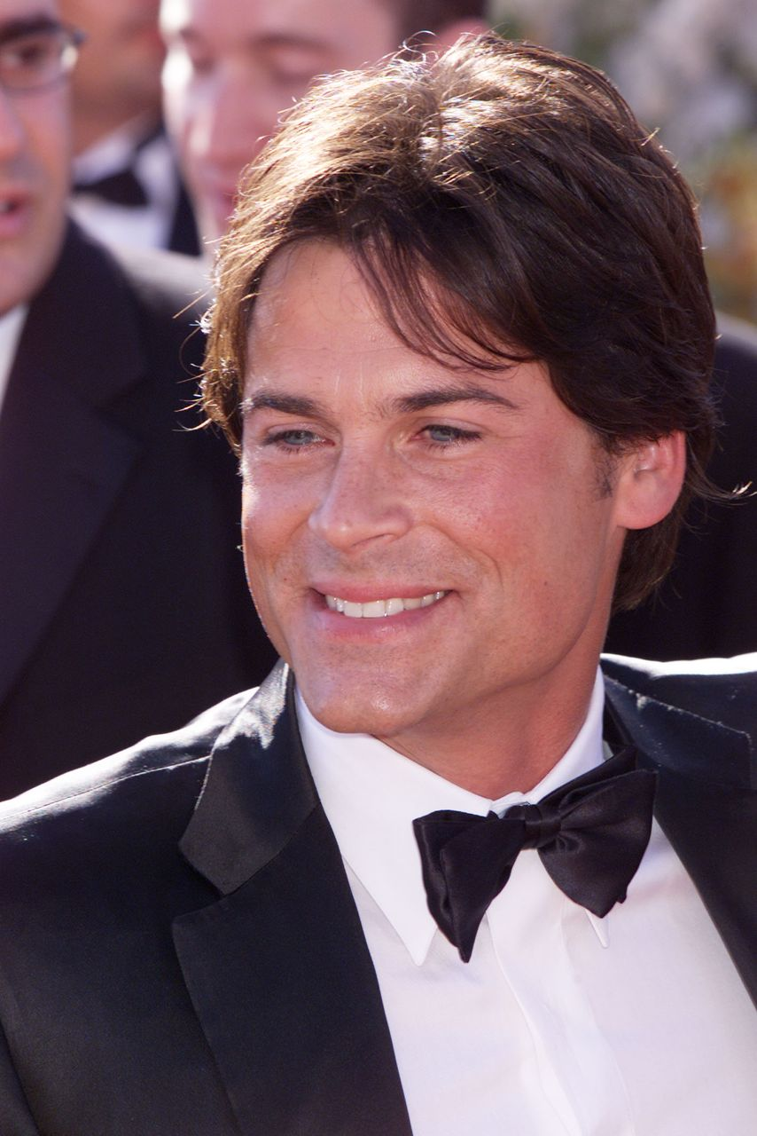 Rob Lowe arrives at the 52nd Annual Primetime Emmy Awards. | Source: Getty Images