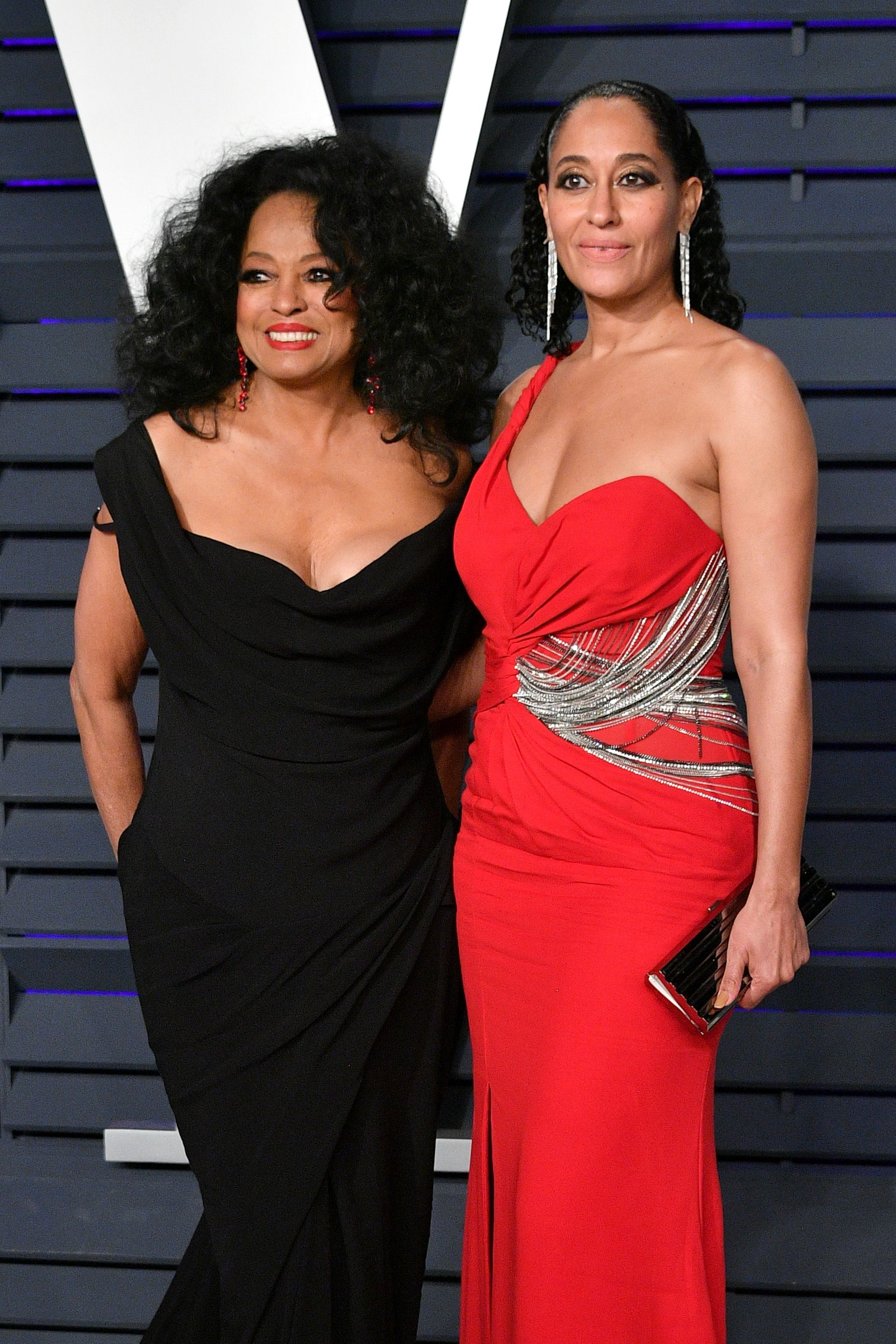 Diana Ross (L) and Tracee Ellis Ross at the 2019 Vanity Fair Oscar Party hosted by Radhika Jones at Wallis Annenberg Center for the Performing Arts on February 24, 2019 in Beverly Hills, California | Photo: Getty IMages
