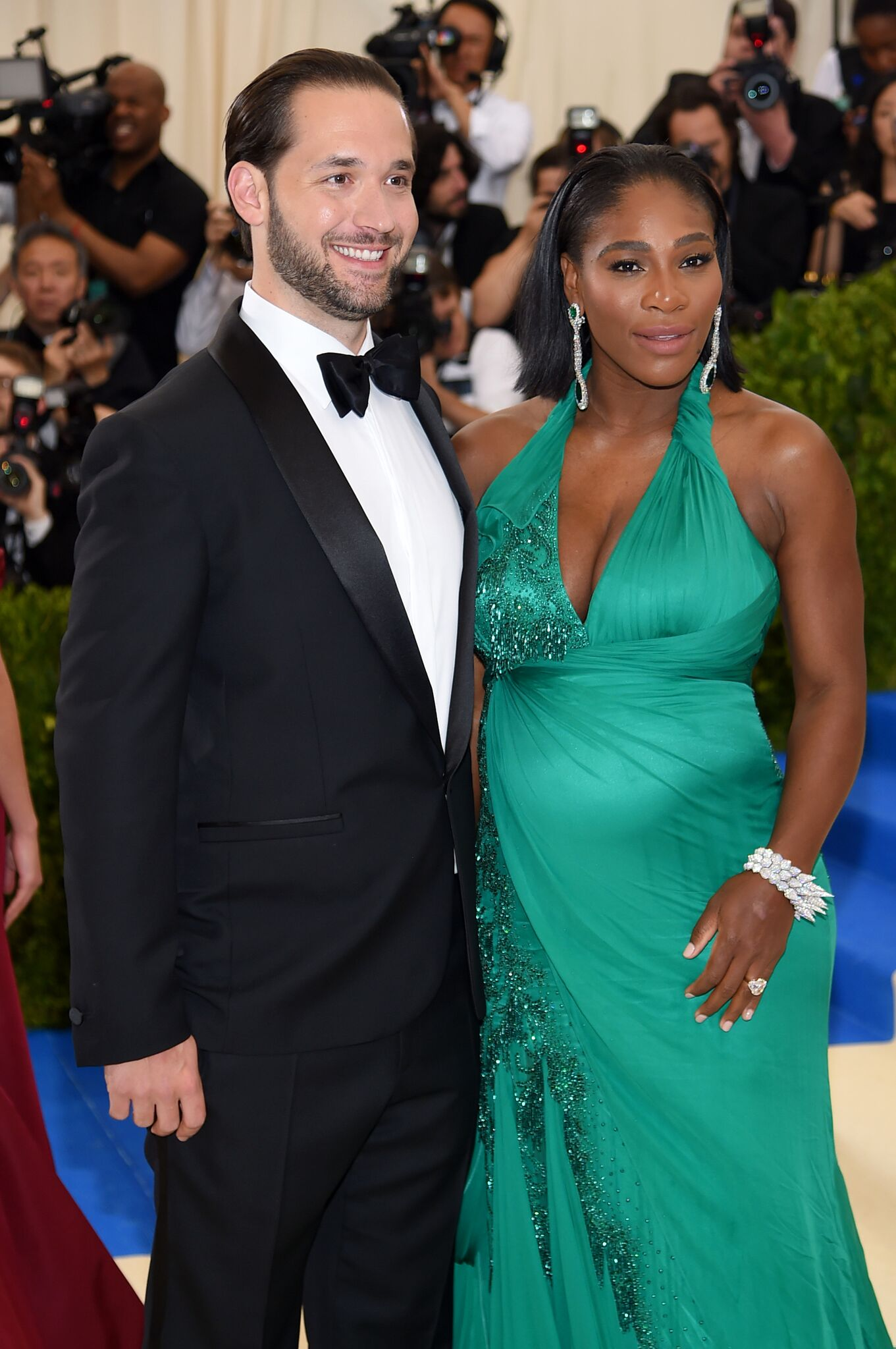 "Alexis Ohanian (L) and Serena Williams attend the ""Rei Kawakubo/Comme des Garcons: Art Of The In-Between"" Costume Institute Gala at Metropolitan Museum of Art on May 1, 2017 