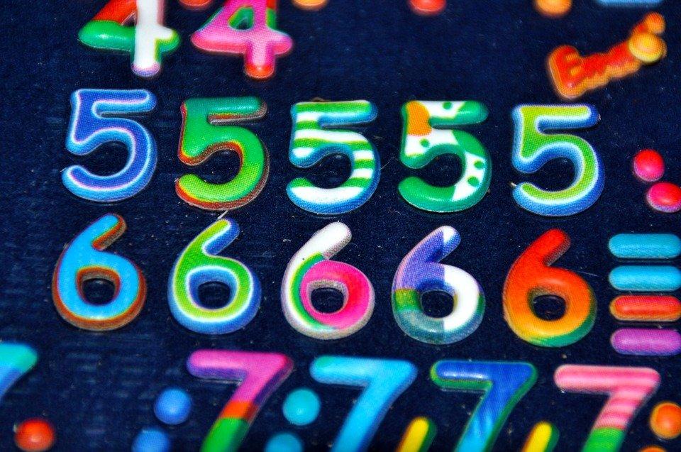 Números de colores. | Foto: Max Pixel