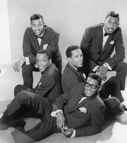 Promotional portrait of The Temptations in the mid-1960s | Source: Getty Images