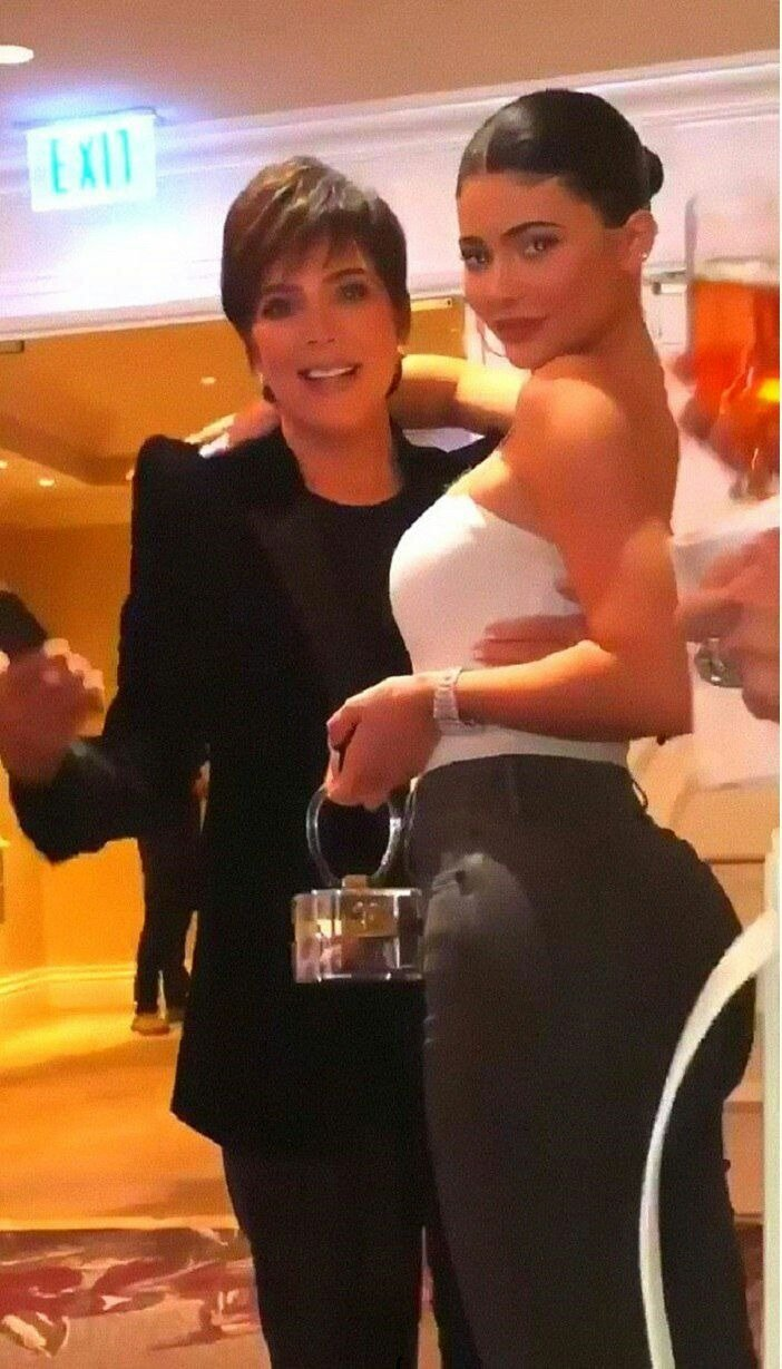 Kylie Jenner poses with Kris Jenner as they spend the day together on her 64th birthday   Source: instagram.com/kyliejenner
