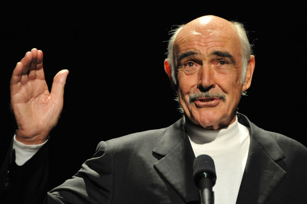 Sean Connery, le 1er octobre 2008 à Hollywood. | Photo : Getty Images