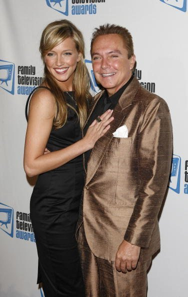 Katie Cassidy and David Cassidy arrive at the 9th annual Family Television Awards held at the Beverly Hilton Hotel on November 28, 2007 in Los Angeles, California | Photo: Getty Images
