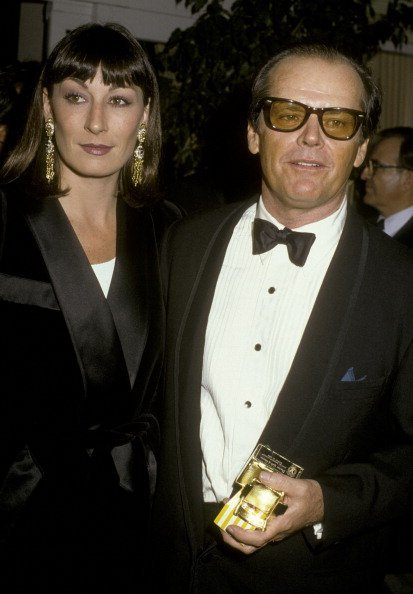 Jack Nicholson and Anjelica Huston attend 38th Annual Director's Guild of America Awards | Photo: Getty Images