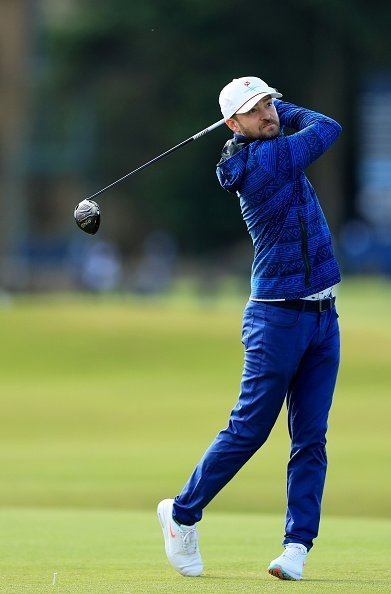 Justin Timberlake the American musician plays his tee shot on the fourth hole during the third round of the Alfred Dunhill Links Championship | Photo: Getty Images