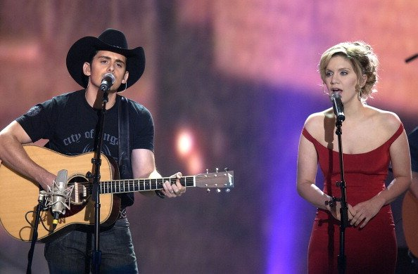 """Brad Paisley and Alison Krauss perform """"Whiskey Lullaby"""" at 39th Annual Academy of Country Music Awards. 