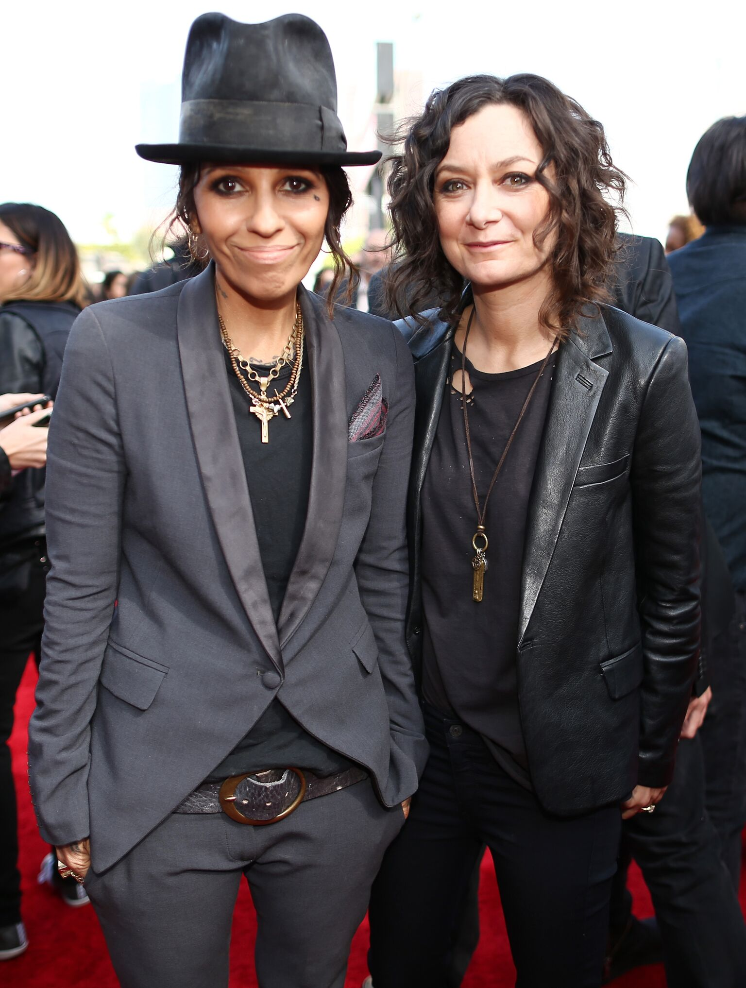 Linda Perry and actress Sara Gilbert attend the 2014 MTV Movie Awards at Nokia Theatre L.A. Live | Getty Images