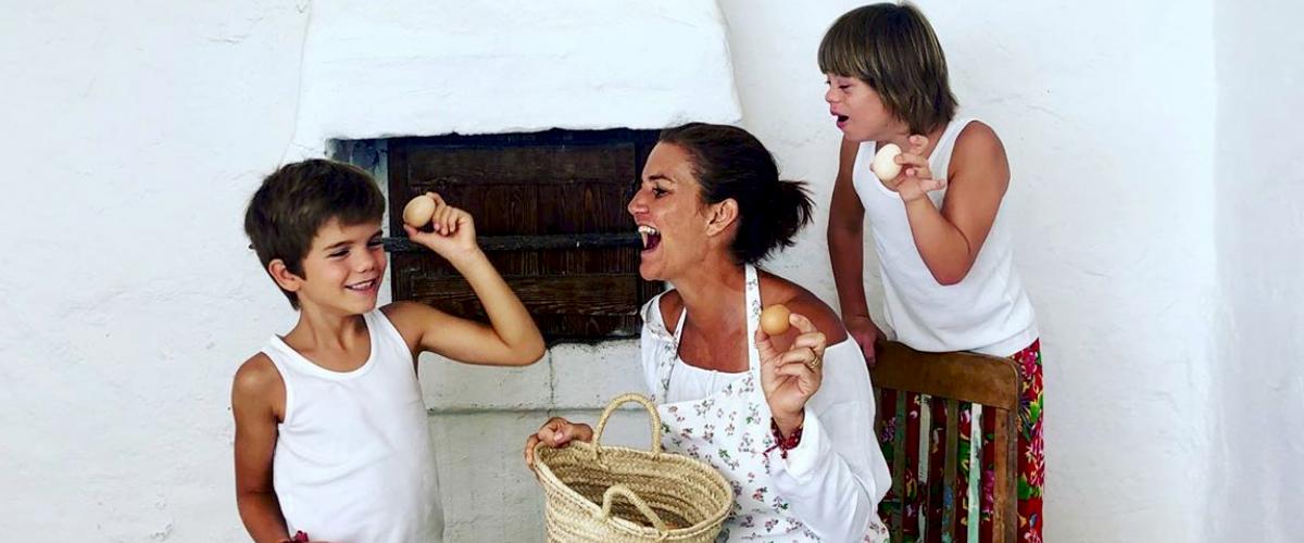 El hijo de Samantha Vallejo-Nágera se convierte en primer modelo de Zara con síndrome de Down