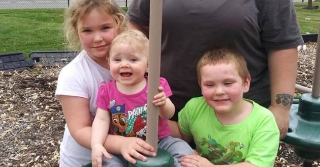 Indiana Community Supports Grieving Mother after She Lost Her 3 Children in a Devastating Fire