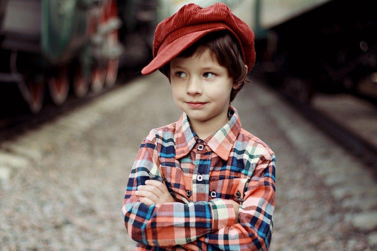Junge mit Hut - Quelle: Pixabay
