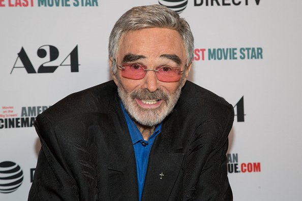 Burt Reynolds arrives to A24 And DirecTV's 'The Last Movie Star' Premiere at the Egyptian Theatre on March 22, 2018 in Hollywood, California | Photo: Getty Images