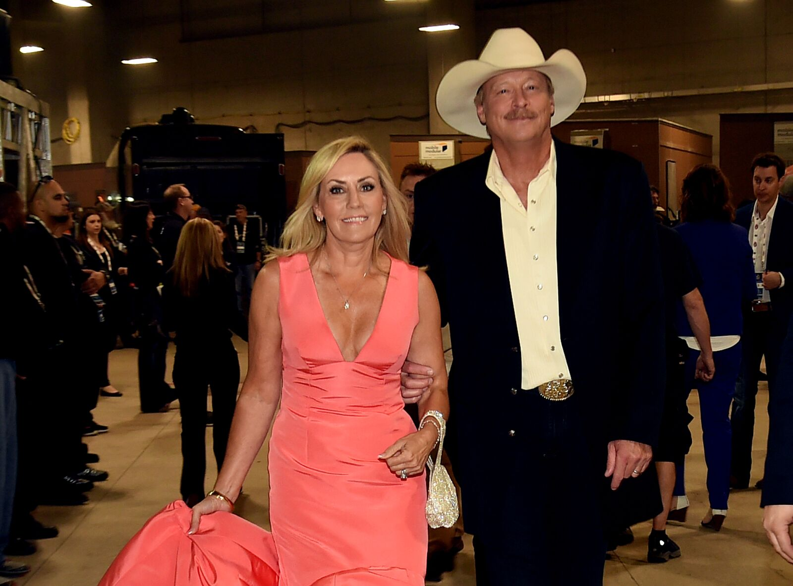 Singer-songwriter Alan Jackson (R) and wife Denise Jackson attend the 50th Academy of Country Music Awards at AT&T Stadium on April 19, 2015 in Arlington, Texas | Photo: Getty Images