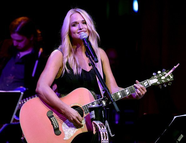 Miranda Lambert performing at the Country Music Hall of Fame and Museum  in Nashville, Tennessee. | Photo: Getty Images