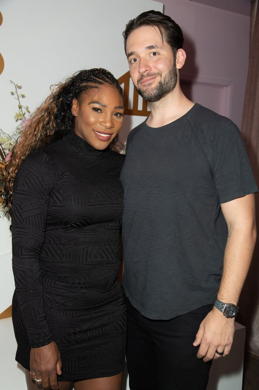 Serena Williams and husband, Alexis Ohanian at a pop-up event for The Serena Collection in November 2018. | Source: Getty Images