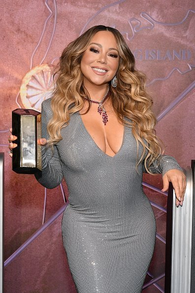 Mariah Carey at the Empire State Building on December 17, 2019 in New York City. | Photo: Getty Images
