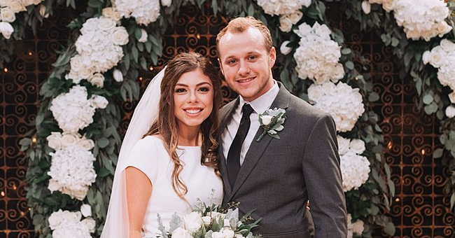 Josiah and Lauren Duggar Celebrate 1-Year Anniversary by Posting Beautiful Wedding Photos
