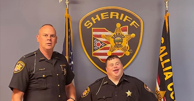 Deputy Zach poses for a picture with the County Sheriff | Photo: Facebook/galliacountysheriff