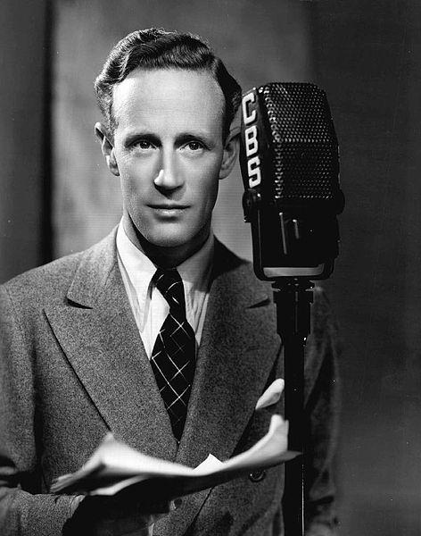 Foto de Leslie Howard como invitado en el programa de radio de Eddie Cantor en CBS. Año 1937. | Imagen: Wikipedia