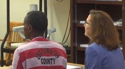 Alvin Kennard esperando la sentencia del juez. | Foto: YouTube/El Mundo