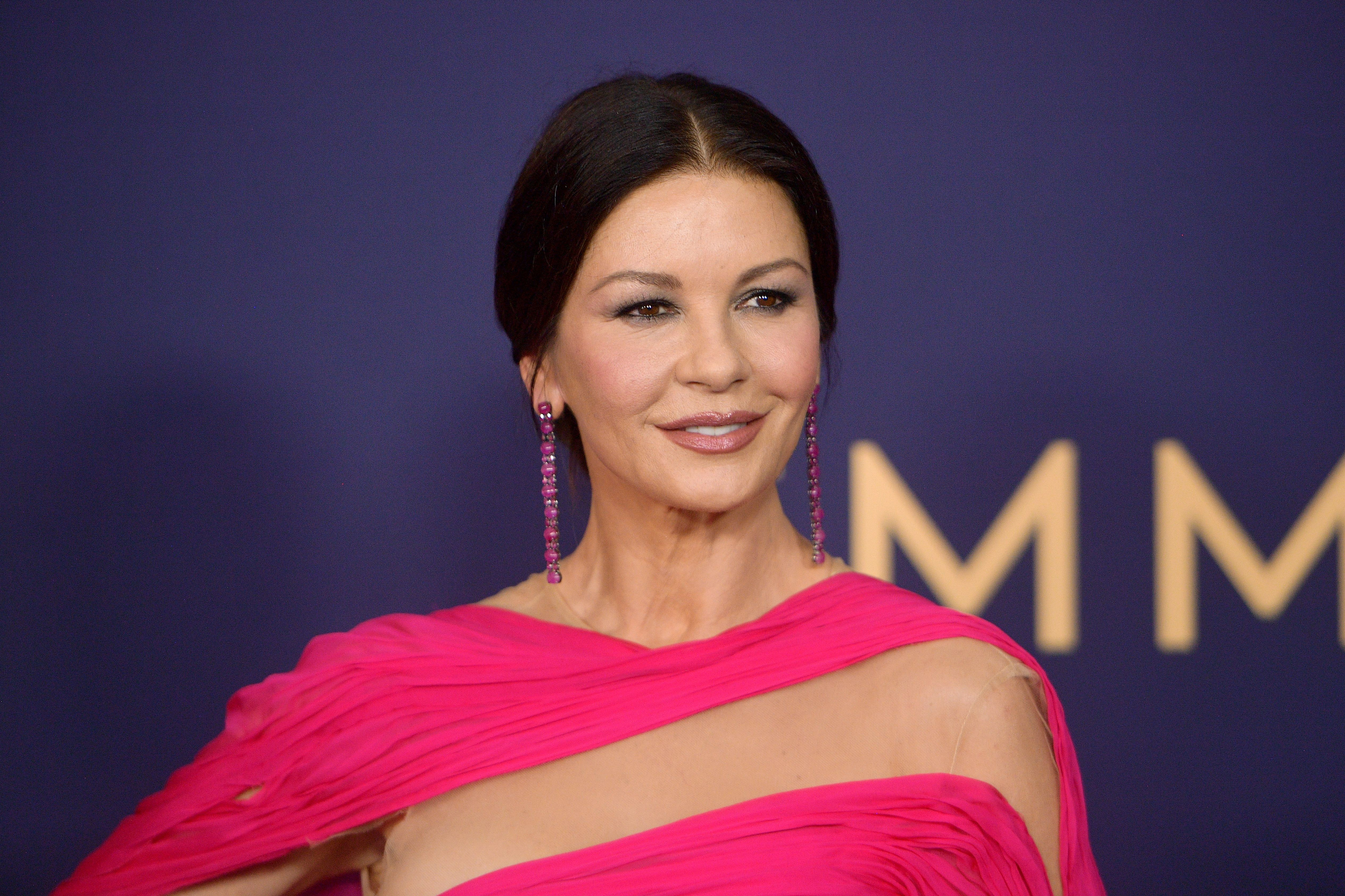 Catherine Zeta-Jones at the 71st Emmy Awards at Microsoft Theater on September 22, 2019   Photo: Getty Images