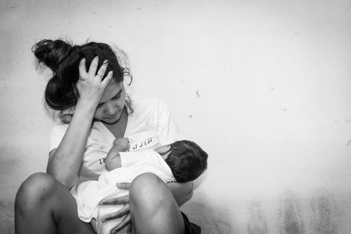 A teenager and her baby.   Source: Shutterstock.