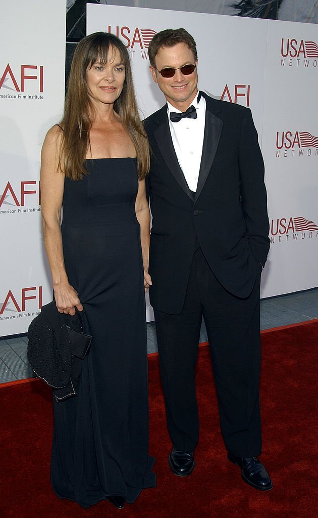 Gary Sinise and his wife on June 12, 2002 in Hollywood, California | Photo: Getty Images