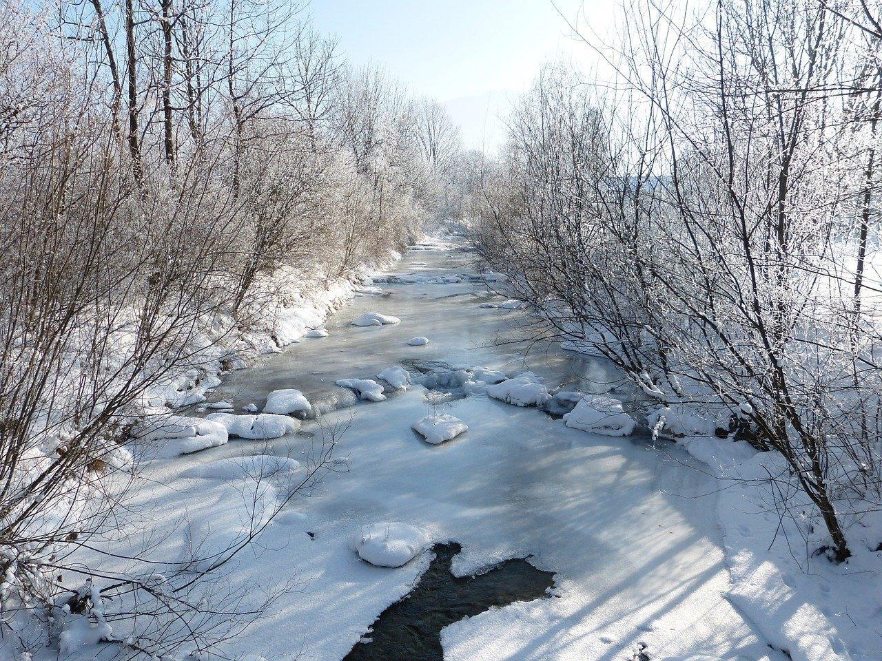 Gefrorener Fluss | Quelle: Pixabay