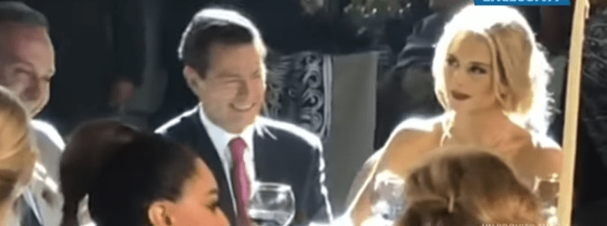 Peña Nieto asiste a la boda de la hija del abogado que lo divorció, junto a su nueva novia Tania Ruiz. | Fuente: YouTube / Un Nuevo Día