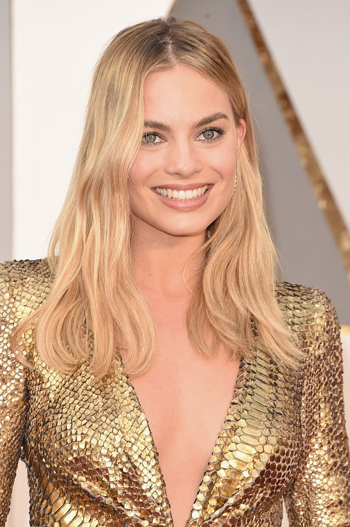 Margot Robbie attends the 88th Annual Academy Awards at Hollywood & Highland Center on February 28, 2016 in Hollywood, California. | Source: Getty Images