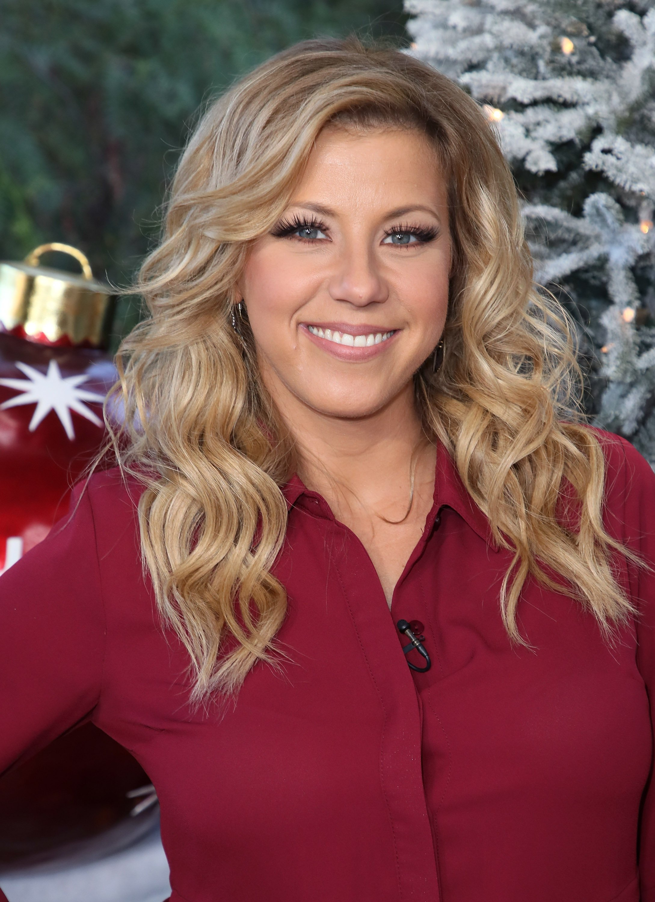 "Jodie Sweetin visits Hallmark's ""Home & Family"" at Universal Studios Hollywood on November 21, 2017, in Universal City, California. 