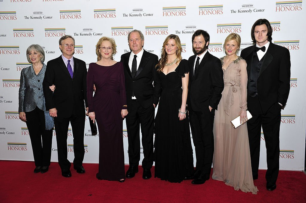 Meryl Streep and her family at the 2011 Kennedy Center Honors Gala Dinner.   Source: Getty Images