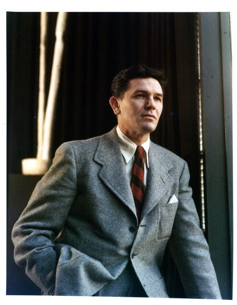 John Garfield in a scene from the film 'Force Of Evil', 1948 | Photo: Getty Images