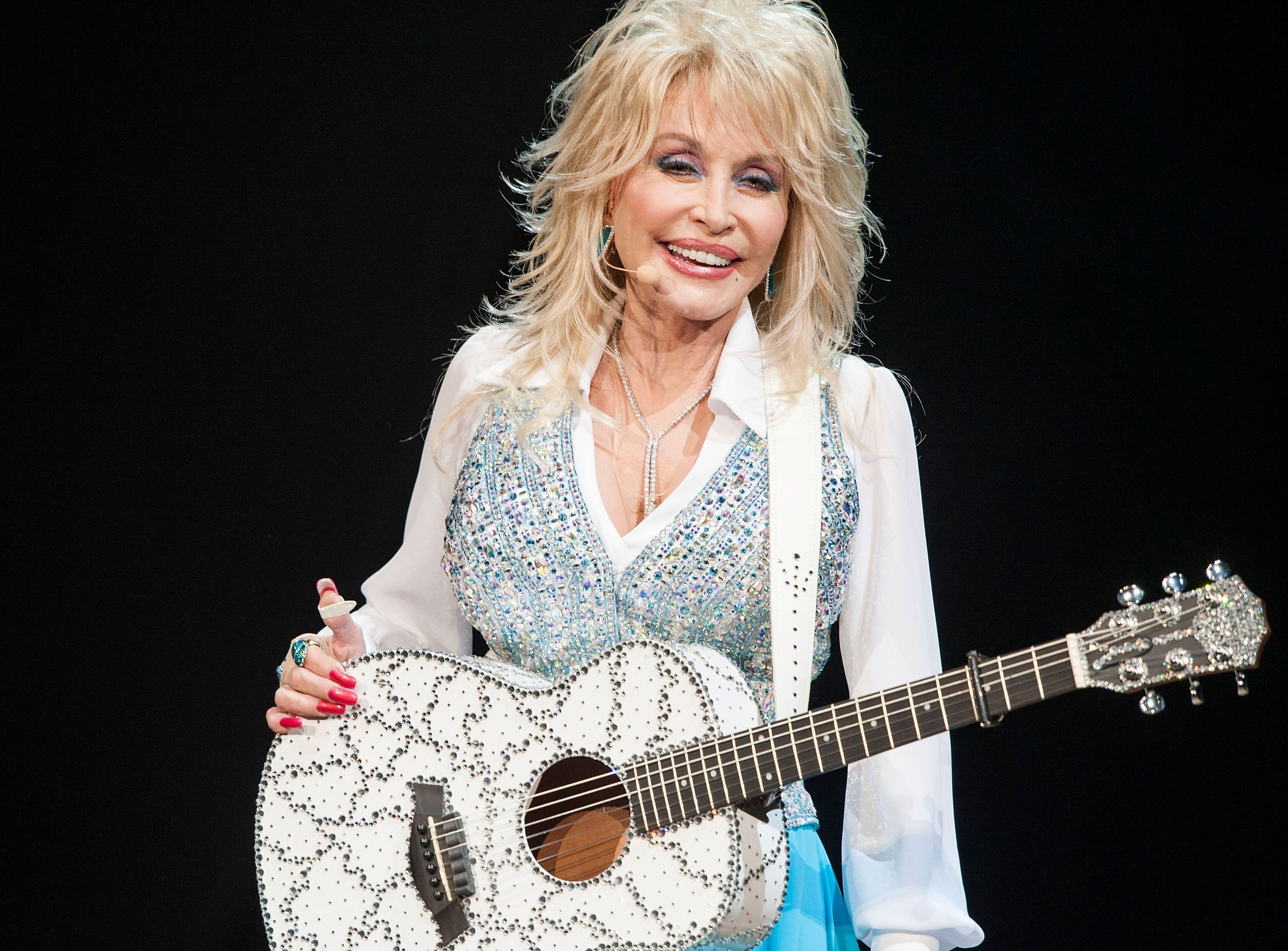 Singer Dolly Parton Performs at Agua Caliente Casino on January 24, 2014| Photo: Getty Images