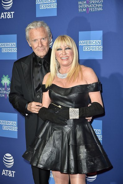 Alan Hamel and Suzanne Somers attend the 30th Annual Palm Springs International Film Festival Gala at Palm Springs Convention Center in Palm Springs | Photo: Getty Images