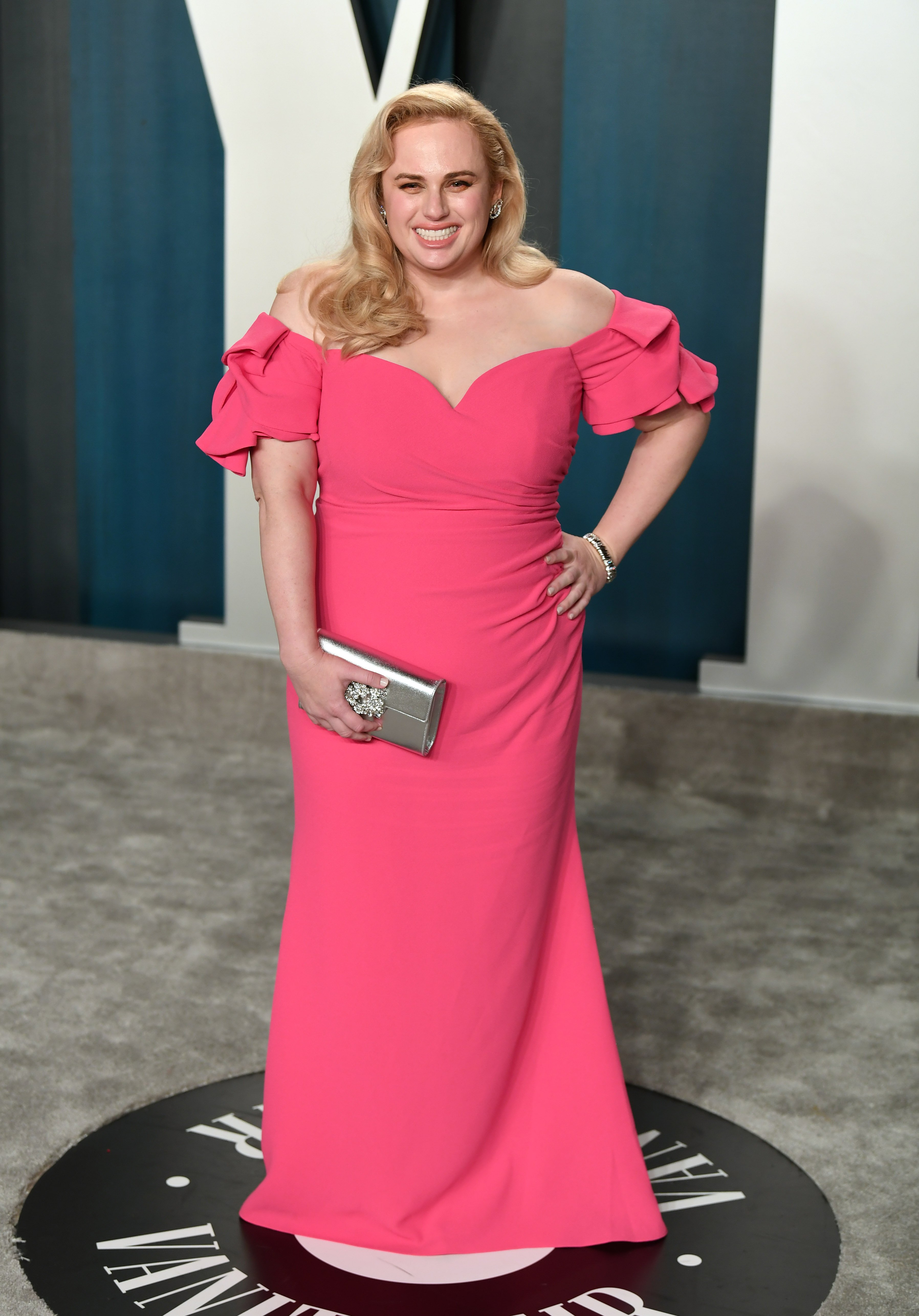 """Pitch Perfect"" star Rebel Wilson dressed to the nines at the 2020 Vanity Fair Oscars Party. 