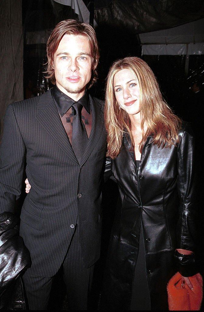 Brad Pitt et Jennifer Aniston aux 42ème Grammy Awards. l Source : Getty Images