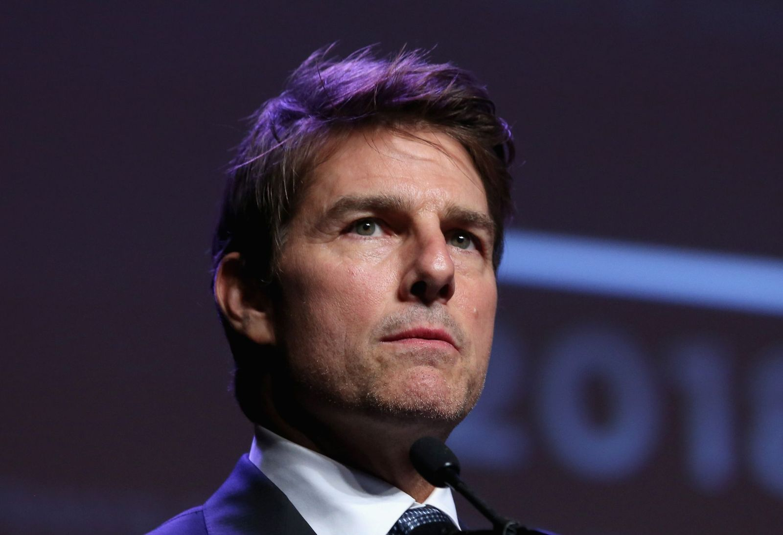 Tom Cruise being honored at the Will Rodgers Pioneer of The Year Dinner in Las Vegas, April 25, 2018. | Photo: Getty Images
