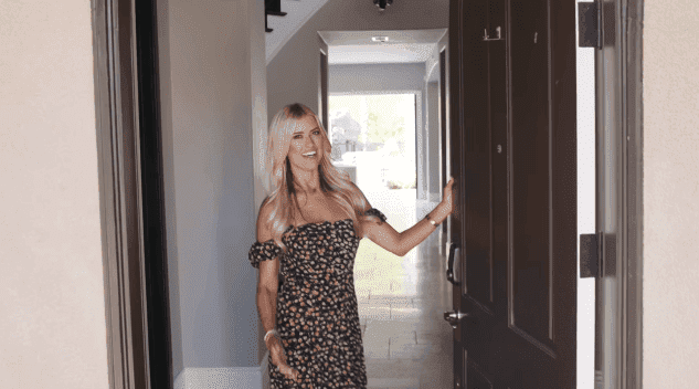 Christina Anstead welcoming House Beautiful to her home | Source: YouTube/House Beautiful