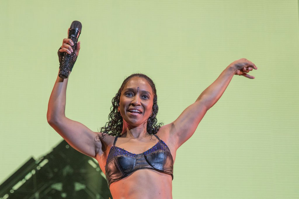 Singer-songwriter Rozonda 'Chilli' Thomas of TLC performing at a concert in August 2019. | Photo: Getty Images