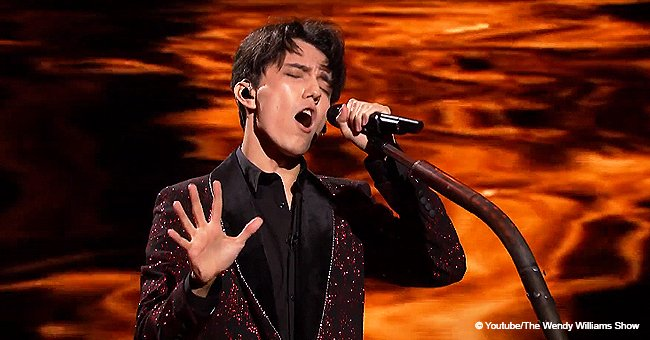 'The Six Octave Man' stuns the audience with his incredible range on 'The World's Best'