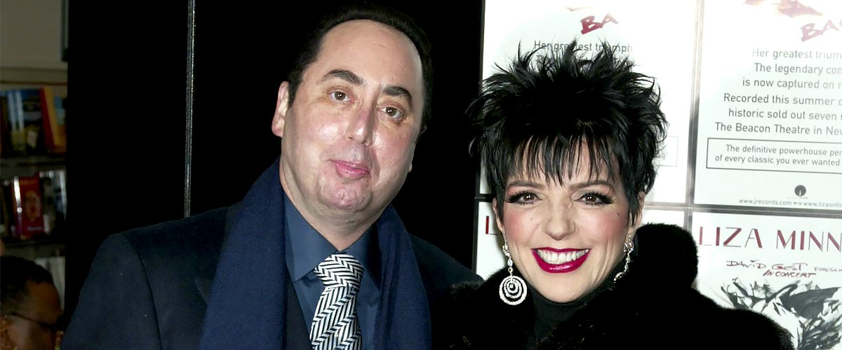 """David Gest and Liza Minnelli at Tower Records New York Promoting Her New CD """"Liza's Back"""" on October 29, 2002 