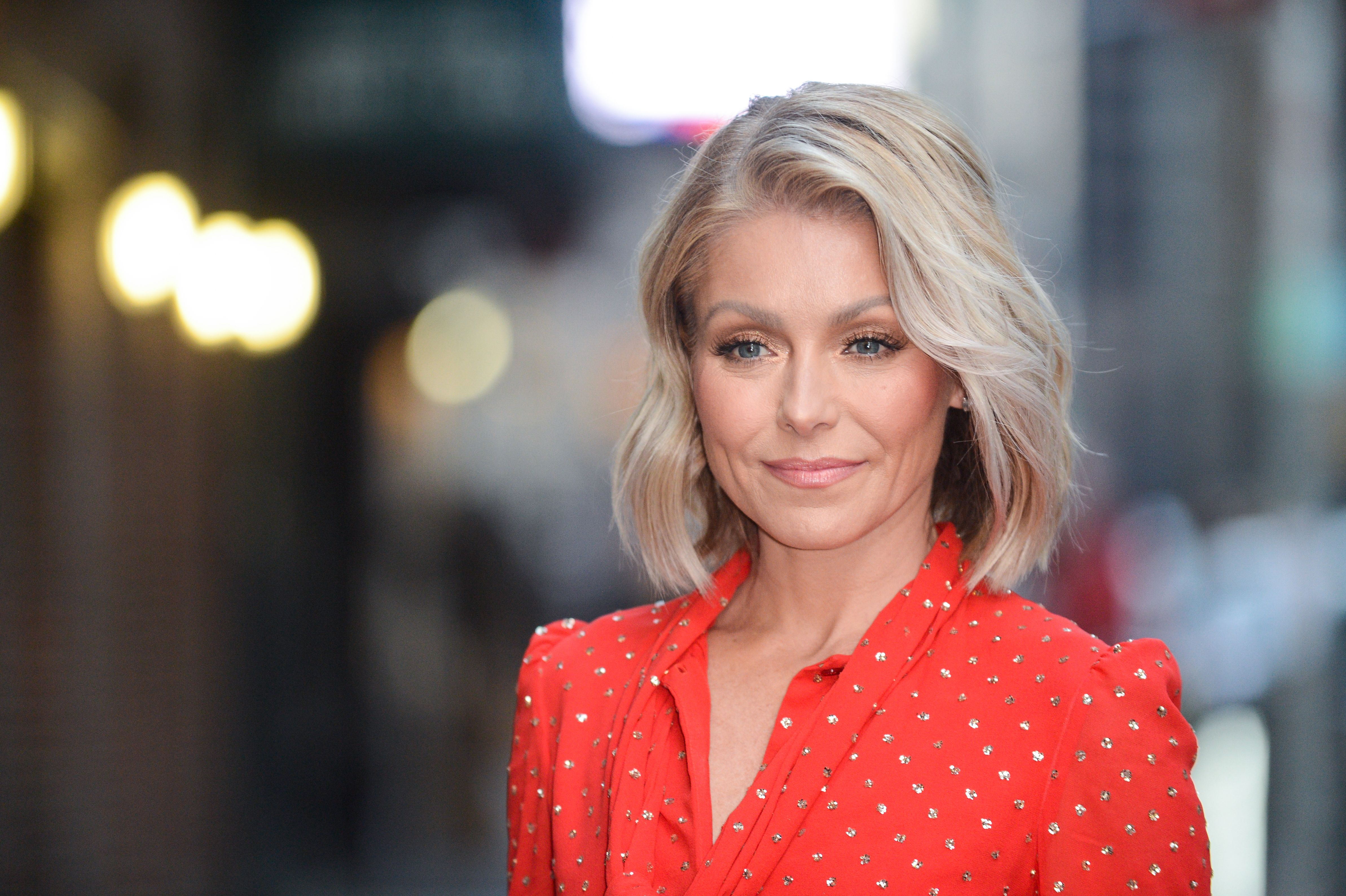 """Kelly Ripa enters the """"The Late Show With Stephen Colbert"""" taping at the Ed Sullivan Theater on February 22, 2017, in New York City. 