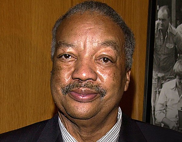 Paul Winfield poses for headshot | Source: Getty Images